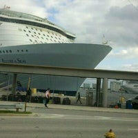 Photo taken at Port Everglades Terminal 2 by Chellz @. on 11/13/2011