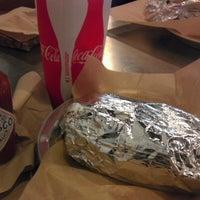 Foto tomada en Qdoba Mexican Grill por Rick D. el 7/22/2012