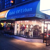 Photo taken at Habit Of Urban by Mag Mag H. on 11/23/2011