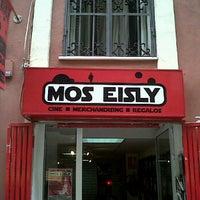 Foto tomada en Mos Eisly por Javi A. el 7/28/2011