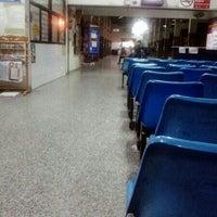 Снимок сделан в Nan Bus Terminal пользователем Sanphet B. 8/13/2012