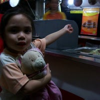 Photo taken at Minute Burger by Richard R. on 12/4/2011