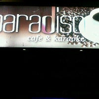 Photo taken at Paradiso CAFE by Lavie H. on 6/30/2011