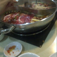 Foto tomada en Little Sheep Chinese Shabu Shabu  por Mas Y. el 8/29/2012