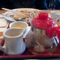 Photo prise au Ten Ren's Tea Time par Shuxin C. le11/12/2011