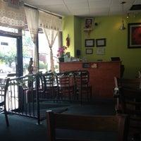 Foto tomada en Boonsong Thai Cuisine por Kevin C. el 8/11/2012