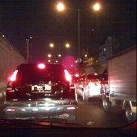 Foto tirada no(a) Jembatan Metro tanah abang lantai 2 por ghera a. em 7/11/2012