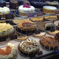 Foto scattata a The Cheesecake Factory da Remo S. il 8/26/2012