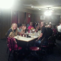 Photo taken at Pizza Hut by ❤Carla M. on 8/13/2012