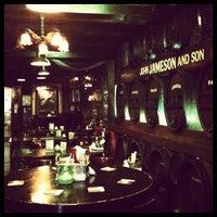 Das Foto wurde bei Molly Malone's Irish Pub von Vértices C. am 9/11/2012 aufgenommen