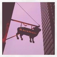 Das Foto wurde bei The Black Sheep Pub & Restaurant von △ am 6/23/2012 aufgenommen