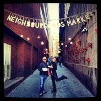 8/11/2012 tarihinde Derek W.ziyaretçi tarafından Neighbourgoods Market'de çekilen fotoğraf