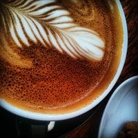 5/26/2012 tarihinde Satu K.ziyaretçi tarafından Good Life Coffee'de çekilen fotoğraf
