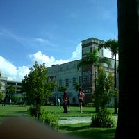 Photo taken at Enderun Colleges by 🍀Charmaine🌻 . on 8/26/2012