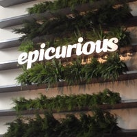 Photo taken at Epicurious Entertains Chicago by Darrell N. on 5/5/2012
