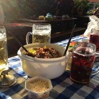 Das Foto wurde bei Wirtshaus am Bavariapark von Nancy F. am 6/22/2012 aufgenommen