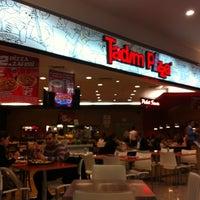 Photo taken at Tadım Pizza by gokhansuyun on 4/7/2012