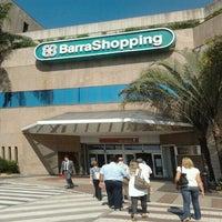 Foto tirada no(a) BarraShopping por Vinícius A. em 7/2/2012