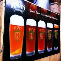 Das Foto wurde bei Mike Hess Brewing von Audra L. am 2/12/2012 aufgenommen
