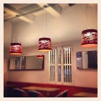Foto tomada en Crepes & Waffles por Daniel U. el 8/29/2012