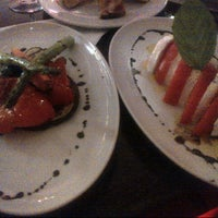 Photo taken at Vinizza Osteria Enoteca by Armand M. on 8/3/2012
