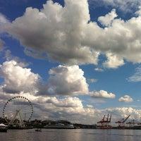 Das Foto wurde bei Piers 62/63 von Oleg G. am 8/29/2012 aufgenommen