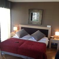 Foto tomada en Hotel Villa Emilia por Robert B. el 5/3/2012