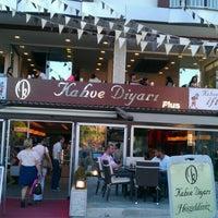 Photo taken at Kahve Diyarı by SerhaN GüR on 7/19/2012