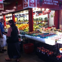 Foto tomada en St. Lawrence Market (South Building)  por Joey W. el 8/8/2012