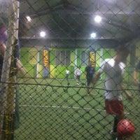 รูปภาพถ่ายที่ Planet Futsal โดย Nunun N. เมื่อ 8/3/2012