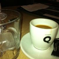 Foto tomada en Diurno Restaurant & Bar por Marisa E. el 9/1/2012