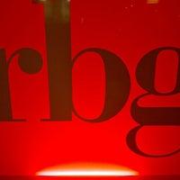 Снимок сделан в RBG Bar & Grill ресторан пользователем Nikolay U. 12/7/2011
