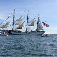 Foto tomada en Boston Harbor  por Dave B. el 6/30/2012