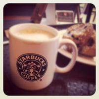 Photo taken at Starbucks by Abdulazim A. on 11/2/2011