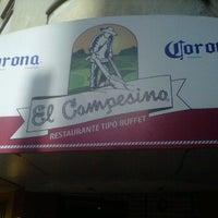 Foto tomada en Restaurante El Campesino por Miguel H. el 1/13/2012
