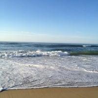 Снимок сделан в Ditch Plains Beach пользователем Douglas M. 7/22/2012