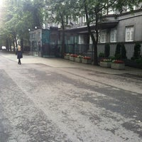 Photo taken at Ameerika Ühendriikide Suursaatkond | Embassy of the United States of America by Ilya M. on 9/13/2012