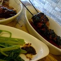 Photo taken at Cebu's Chicken Lechon by Mark R. on 11/29/2011