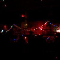 Photo taken at 40 Watt Club by KellyAnn T. on 9/10/2011