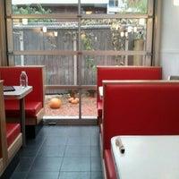 10/29/2011にSarah0sがAux Vivresで撮った写真