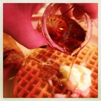 Photo taken at Roscoe's House of Chicken and Waffles by Sarah Jayne A. on 8/19/2012