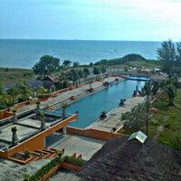 Photo taken at Mayang Sari Resort by fairul n. on 1/24/2012