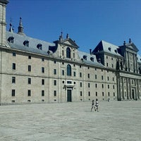 Photo taken at Monasterio de San Lorenzo de El Escorial by Javi S. on 8/24/2011
