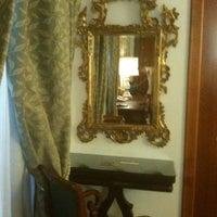Foto scattata a Hotel Valadier da Simona P. il 6/20/2012