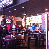 Photo taken at Main Street Wings by Nicole D. on 12/28/2010