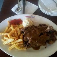 Photo taken at Upperstar Steak & Chicken Restaurant by Zarina on 3/25/2012