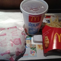 Photo taken at McDonald's by Takesy O. on 3/6/2012