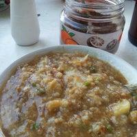Photo taken at Bubur Ayam Parantina (bubur fay) by Shafikah D. on 6/29/2012