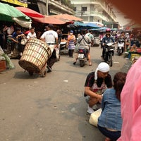 Photo taken at Mueang Mai Market by 🚶NoOKii3 (´▽`) 🏃 on 3/20/2012