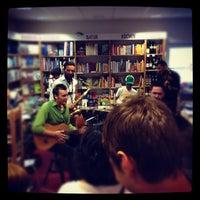 Photo taken at Buchhandlung Lüdemann by patrick on 6/9/2012